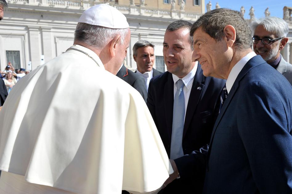 אורן דוד, אלחנן שפירא האפיפיור פרנציסקוס (צילום: שגרירות ישראל בוותיקן)