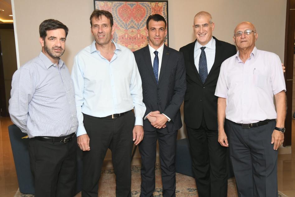 אלי זיו, דיויד כהן, יניב אדיבי, אמיר הלוי, עודד גרופמן (צילום: ישראל הדרי)
