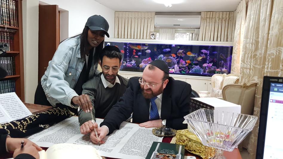 הרב דוד אברהם פרסמן, יניב בן משה וטהוניה רובל (צילום: פרטי)
