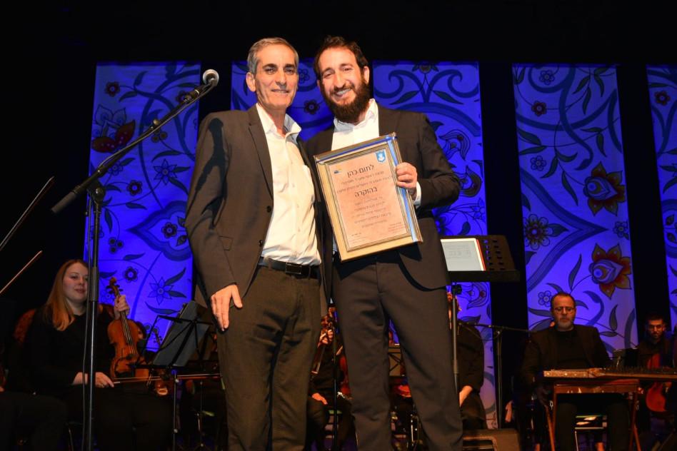 אהרן אורגד ותום כהן (צילום: רן אליהו)