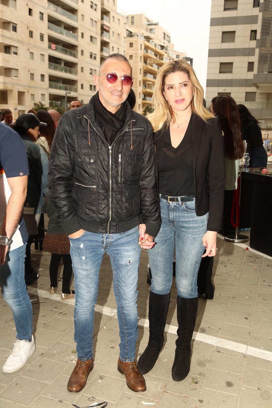 שמעון בוסקילה ובת הזוג (צילום: יח''צ)