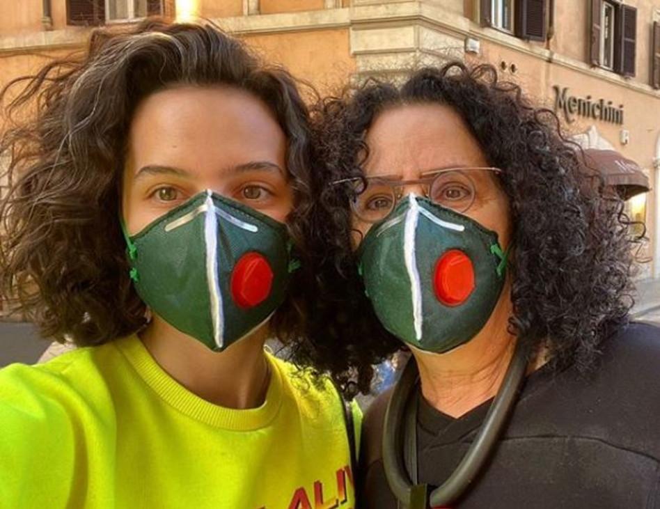 קורין גדעון ואמה ורדה במהלך החופשה ברומא (צילום: אינסטגרם)
