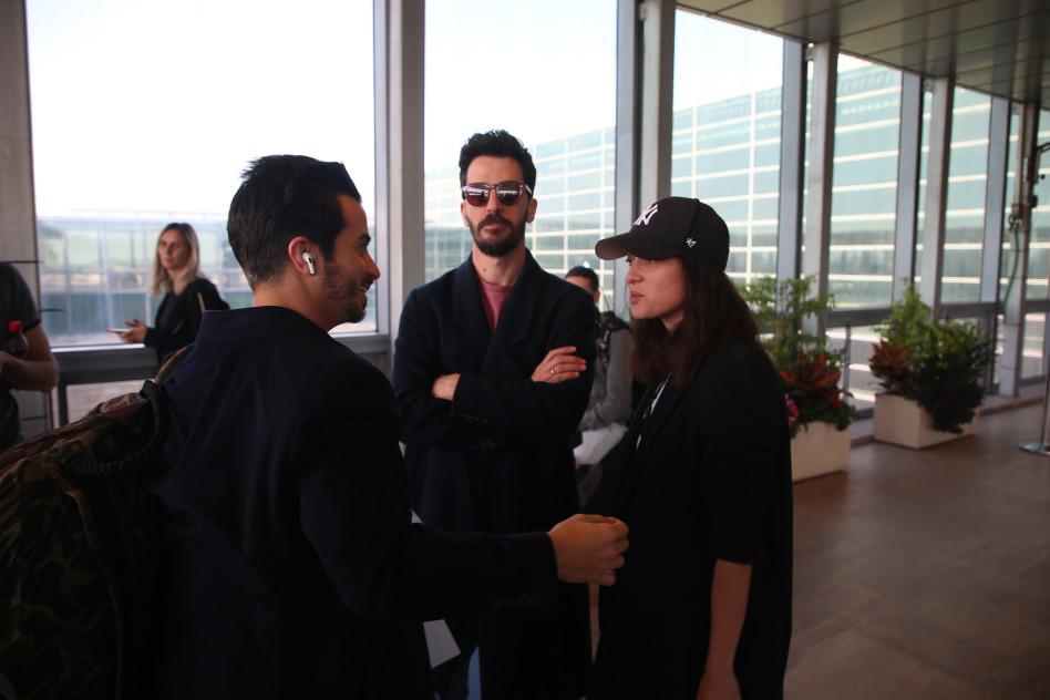 מפגש מביך. אנה ארונוב, אייל אלגבי ואיתי תורג'מן (צילום: אלוני מור)