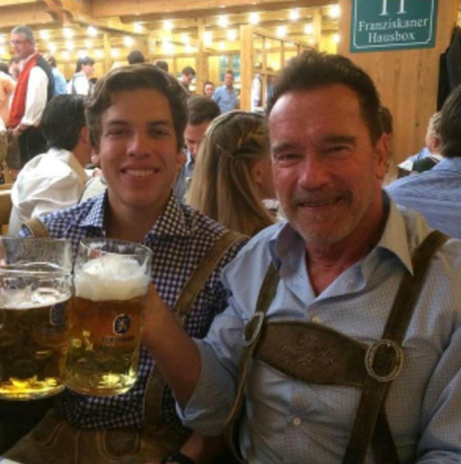ארנולד שוורצנגר וג'וזף בנה (צילום: אינסטגרם)