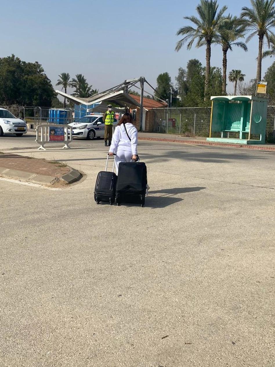 אנג'ל ברנס בדרכה לגיוס (צילום: יח''צ)