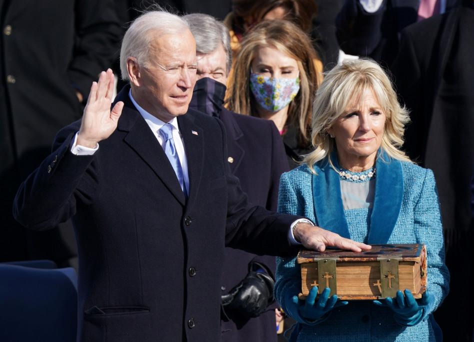 ג'ו ביידן נשבע לתפקיד נשיא ארה''ב ה-46 (צילום: REUTERS/Kevin Lamarque (UNITED STATES - Tags: HEADSHOT HEALTH)/File Photo)