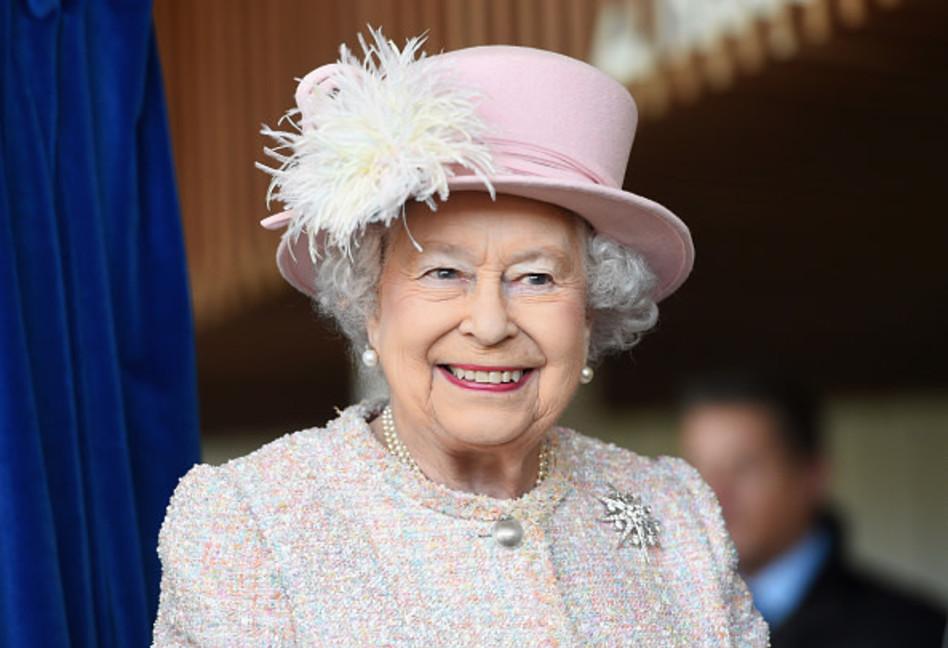 משפיענית ברמות קשות. המלכה אליזבת' השנייה (צילום:  Stuart C. Wilson gettimages)