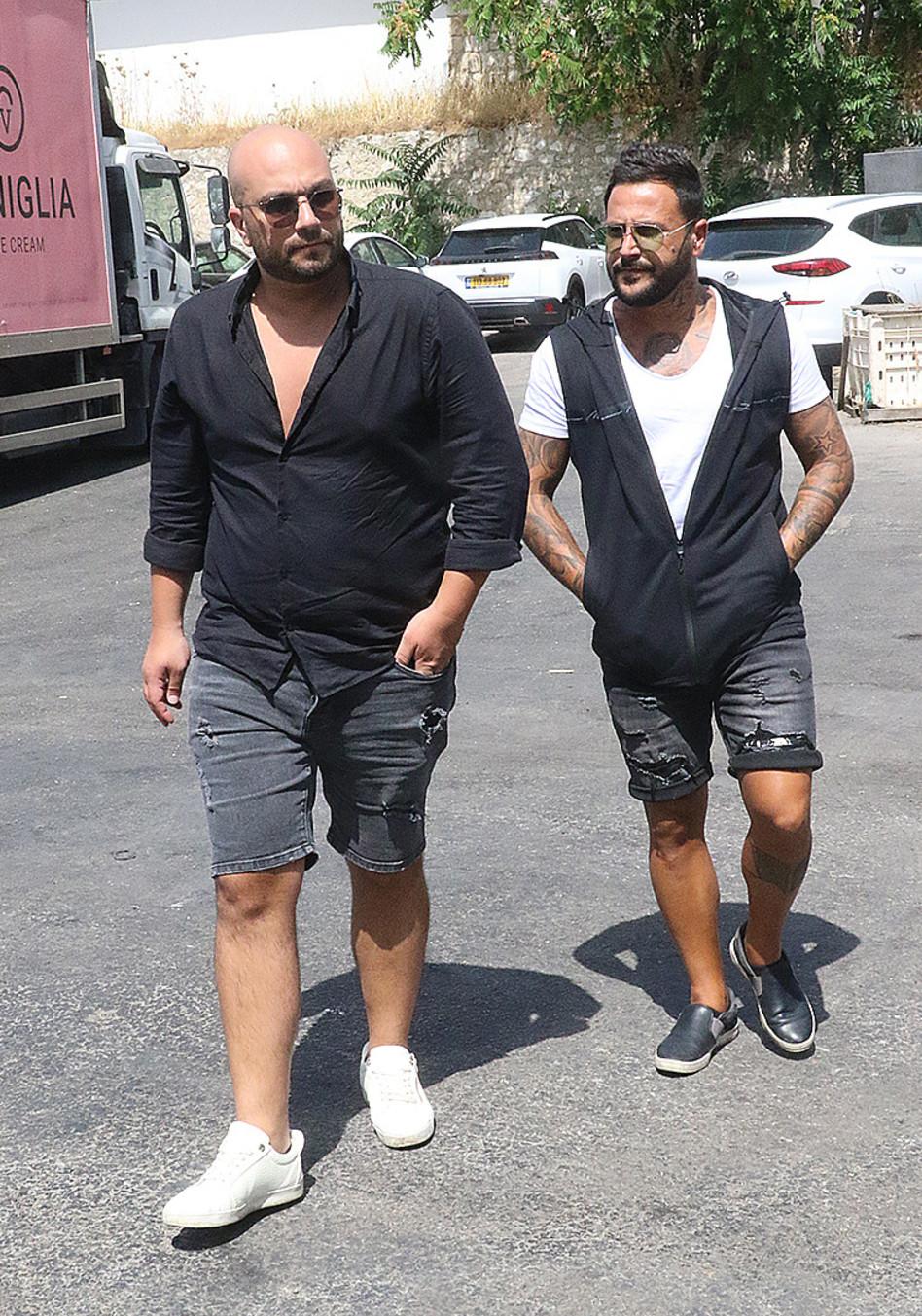 אוהד בוזגלו וחבר (צילום: פול סגל)
