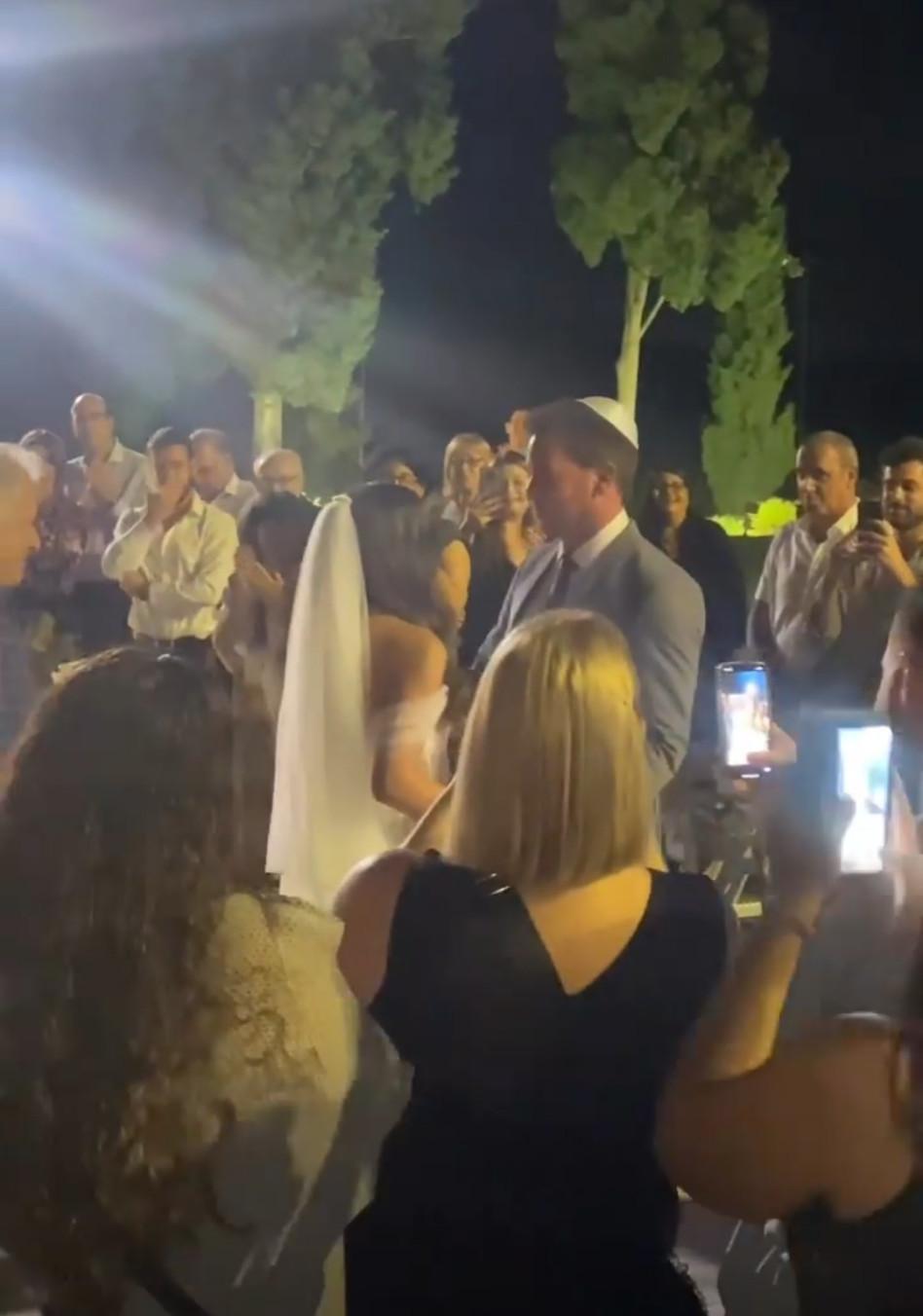 ליאור לביא מתחתן, על התיעוד - שרונה מרלין (צילום: צילום מסך אינסטגרם)