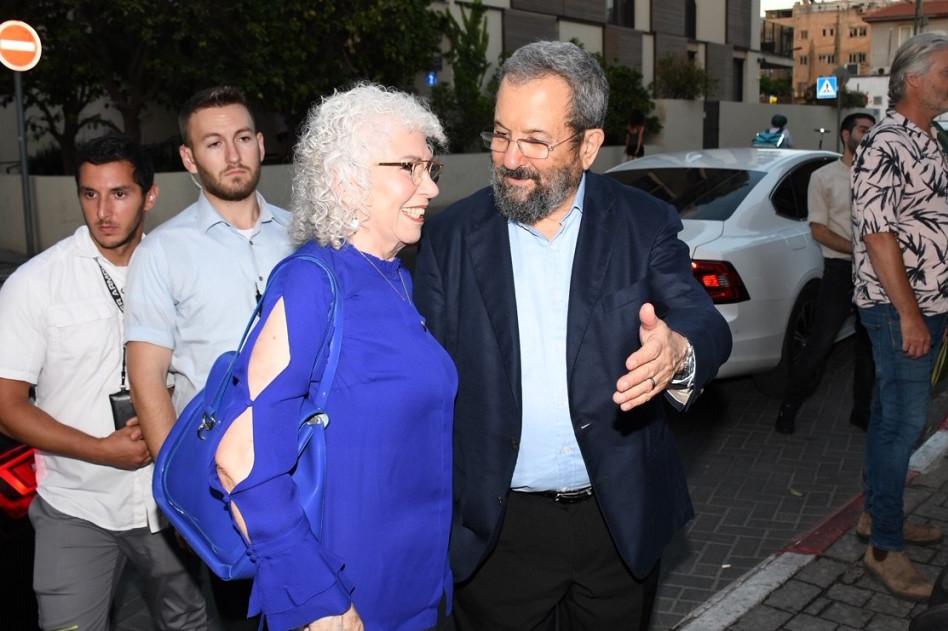 אהוד ברק ונילי פריאל (צילום: אביב חופי)