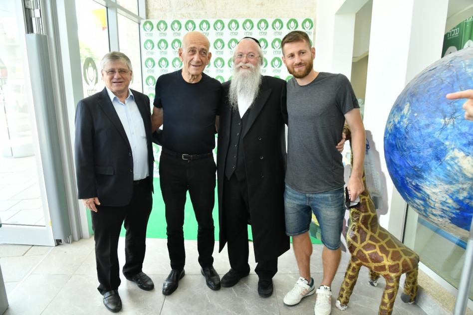 שרן ייני, יהודה מרמורשטיין, אהוד אולמרט וראובן שיף (צילום: ברוך צייגר)