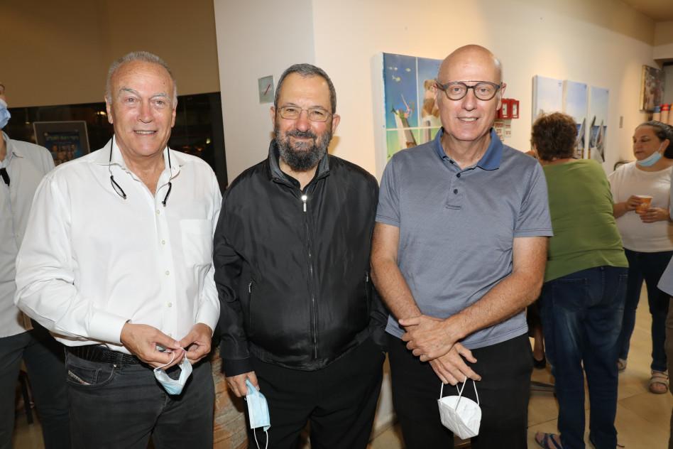 חגי טיומקין, אהוד ברק ואבי טיומקין (צילום: רפי דלויה)