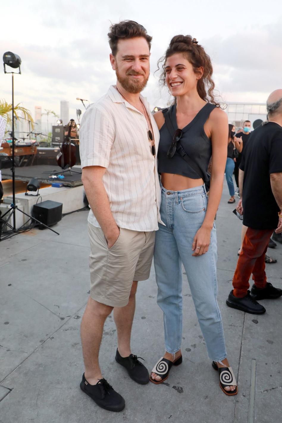 אריק ברמן וזוגתו (צילום: דנה קופל)