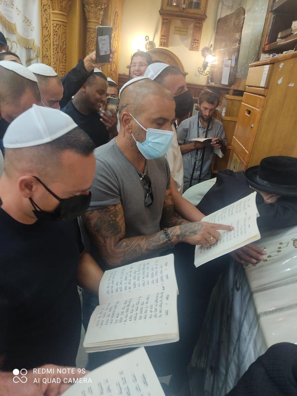 אייל גולן (צילום: א.נ באדיבות הרבנית של האינסטגרם)