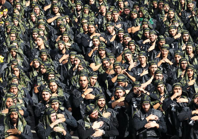 אין לפונדמנטליזם משבר מורלי. מצעד חיזבאללה, צילום: AFP