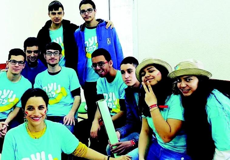 דור המתנדבים: בני הנוער שלא יסתפקו בים ובריכה בחופש הגדול