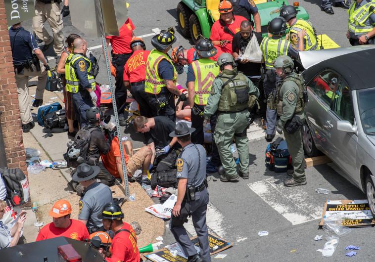 """""""נגד אלימות, אבל מבינה"""". פיגוע הדריסה בווירג'יניה, צילום: AFP"""