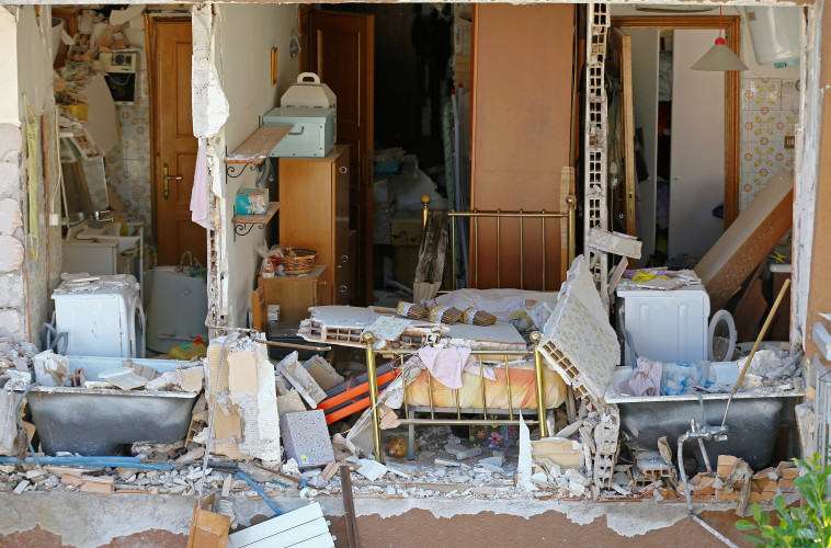נזקי רעידת האדמה באיטליה. צילום: רויטרס