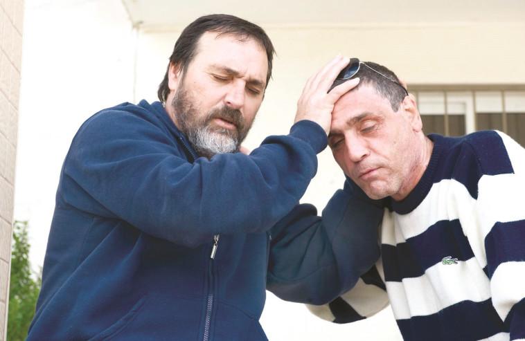 פטריק כהן עם הזמר בני אלבז. צילום: ראובן קסטרו.
