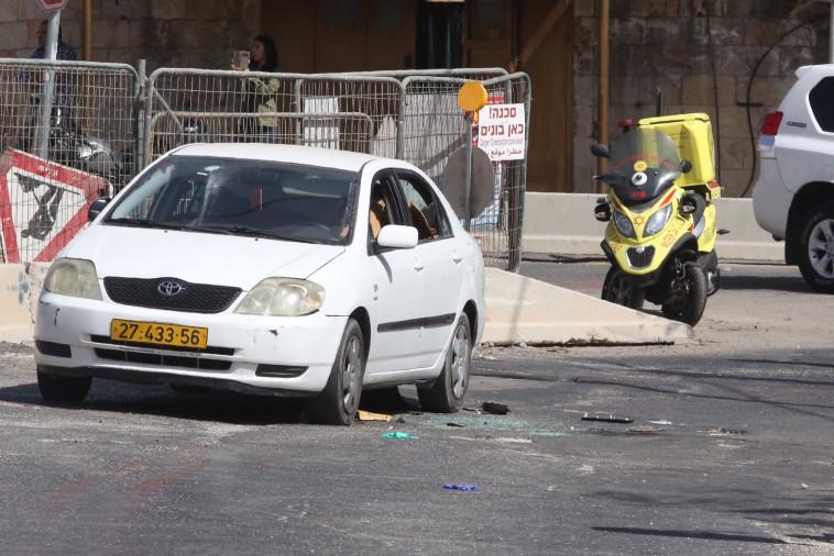זירת הפיגוע בגבעת התחמושת. צילום: מרק ישראל סלם