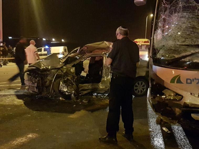 תאונת הדרכים סמוך לחורה. צילום: מנבר א-נקב