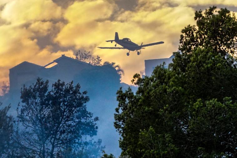 מטוס כיבוי בזכרון יעקב, צילום: מאיר וקנין, פלאש 90