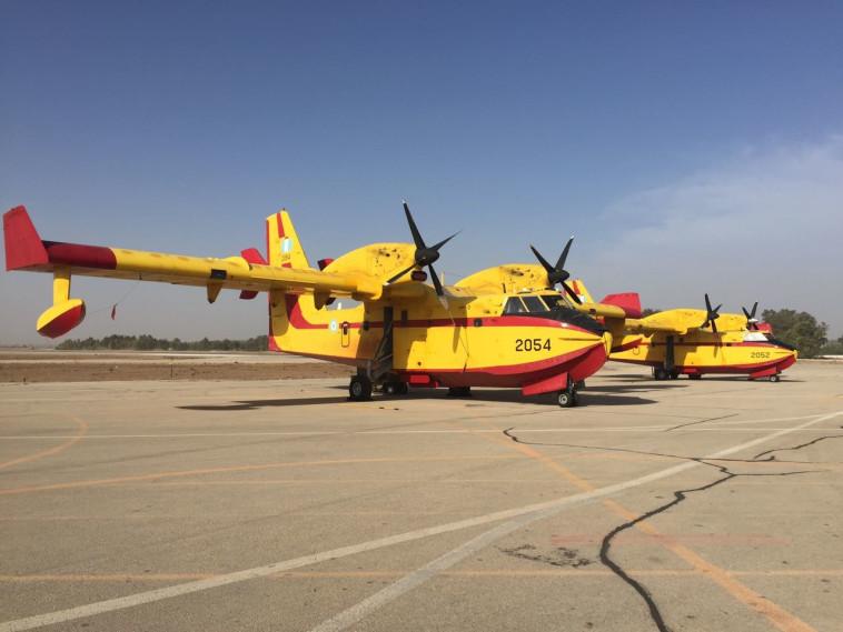 מטוסי הכיבוי שהגיעו מיוון
