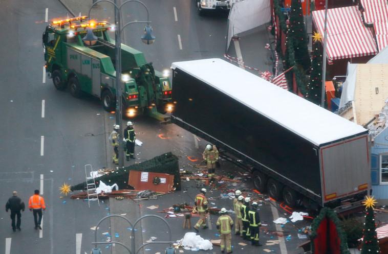 המוסלמים נתפסים כמי שמפרים את הסדר. פיגוע הטרור בברלין, צילום: רויטרס