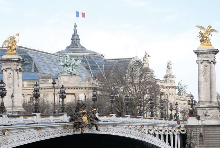 גשר אלכסנדר השלישי, פריז. צילום: רויטרס