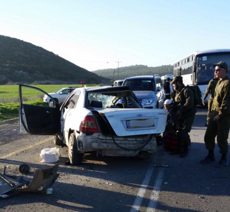זירת התאונה בכביש 35. צילום: דוברות המשטרה