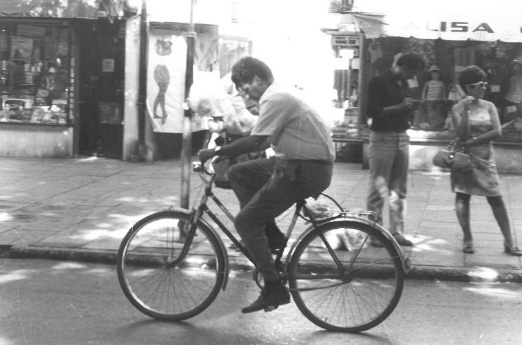 אקטיביסט על אופניים. דוד ארנפלד
