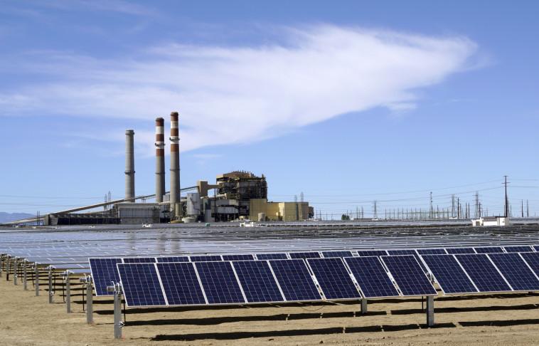 תחנת כוח סולארית (צילום: רויטרס)