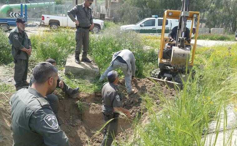 חיפושים אחר גופתו של עמר. צילום: דוברות המשטרה