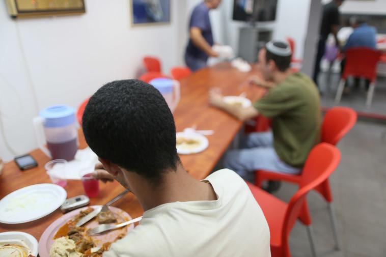 35.6% מילדי ישראל עניים. צילום: נתי שוחט, פלאש 90