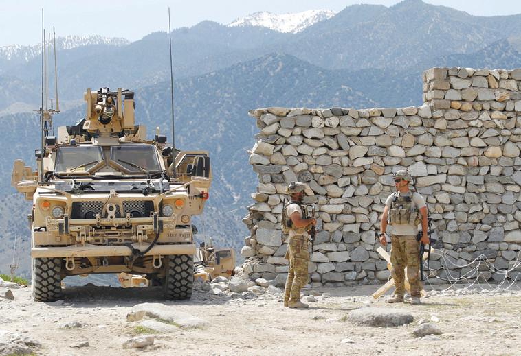 הכוחות האמריקאים באפגניסטן, ארכיון  (צילום: רויטרס)