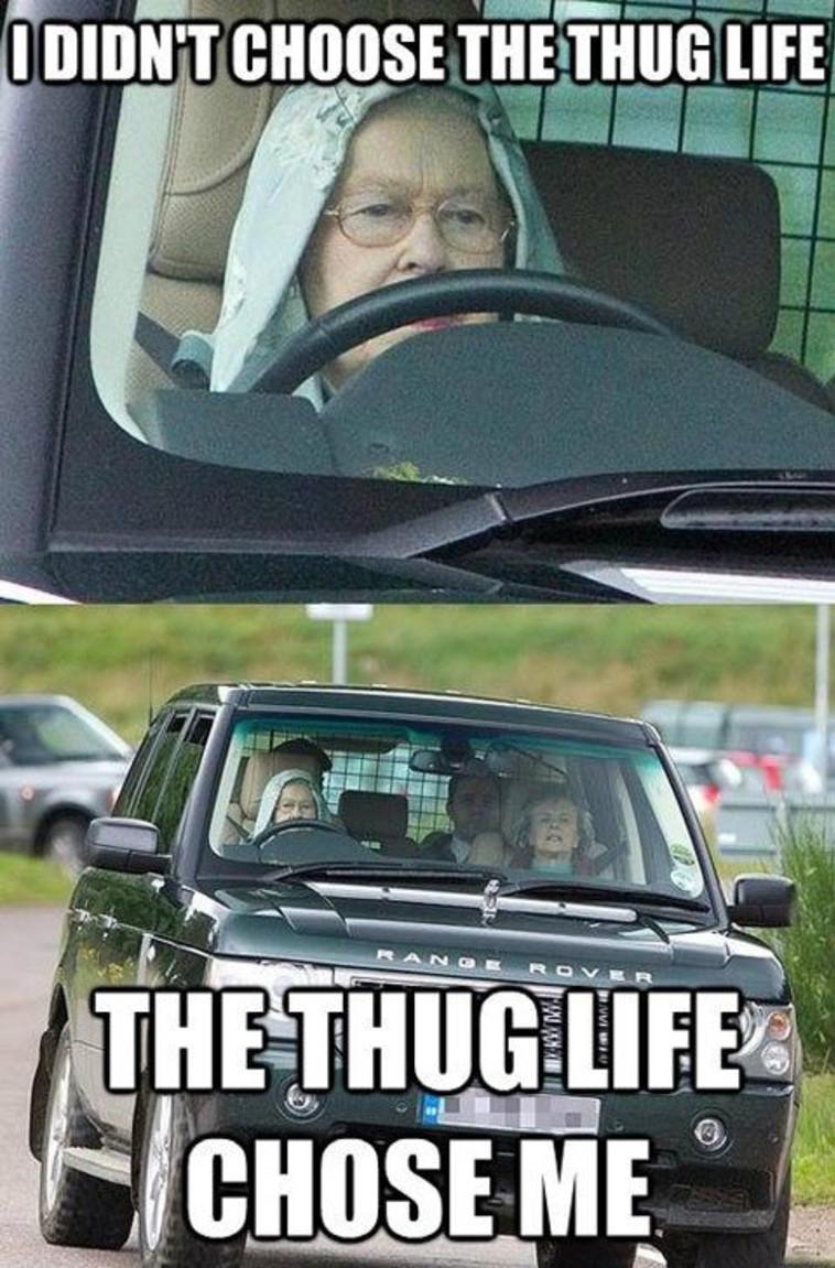 חיים של מלכה.  הוד רוממותה בשעת נהיגה
