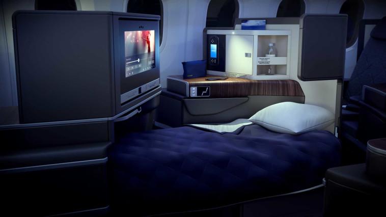 """מיטות אישיות במטוס ה""""דרים ליינר"""". צילום: PriestmanGood"""