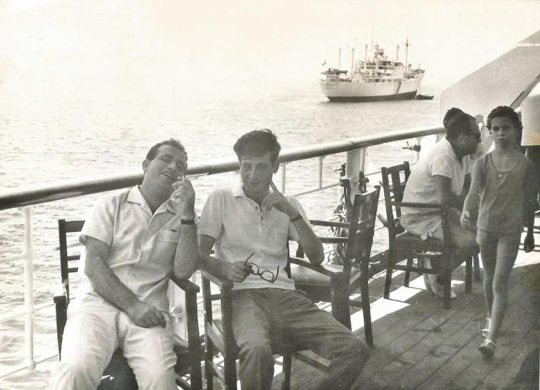 חברי המשלחת מוחמד דרוויש (מימין) ומחמוד מיעארי (משמאל). צילום: נתן זהבי