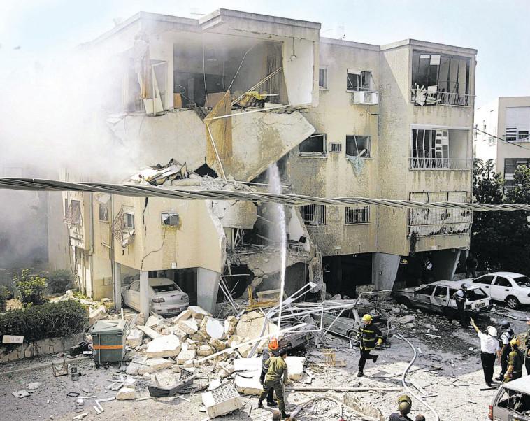 חיפה במלחמת לבנון השנייה. צילום: ברקאי וולפסון