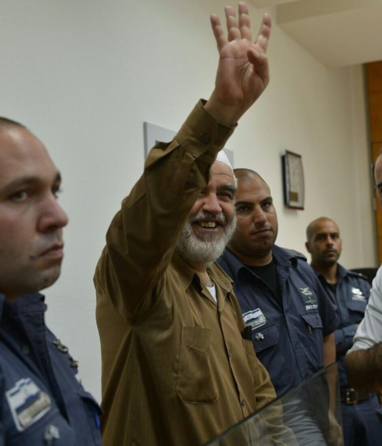"""""""אביו היה שוטר, אחיו הוואן גוך שלנו"""". ראאד סלאח, צילום: אבשלום ששוני"""