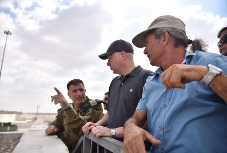 """גרינבלט במהלך הביקור. """"הרשות הפלסטינית צריכה לקחת חלק בניהול הרצועה"""". צילום: דוברות מתפ""""ש"""