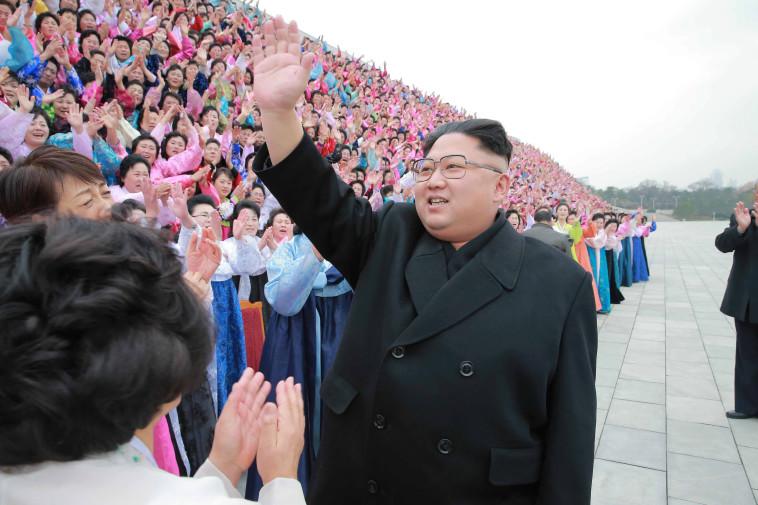 """קים ג'ונג און. """"יש להבחין בין מנהיגים בעולם הדמוקרטי ללא דמוקרטי"""". צילום: רויטרס"""