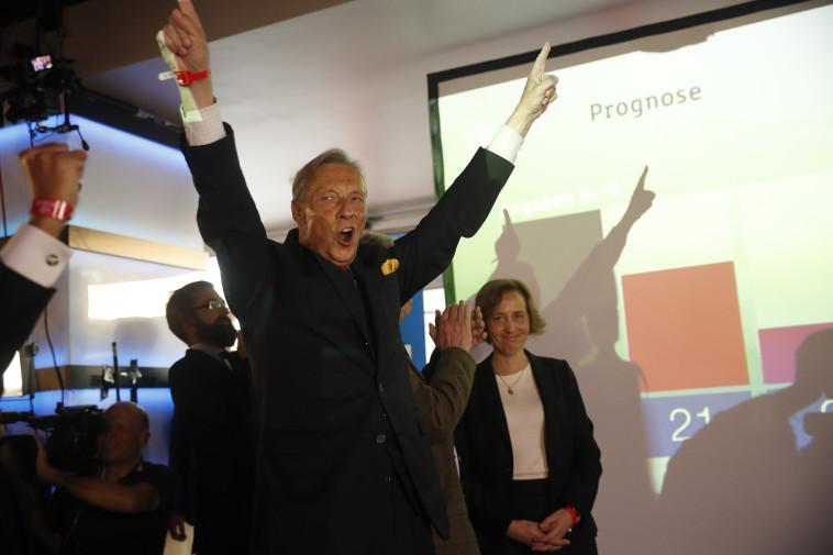 הישג היסטורי: ארמין פול האמפל, מנהיג ה-AFD אחרי הכרזת התוצאות, צילום: רויטרס