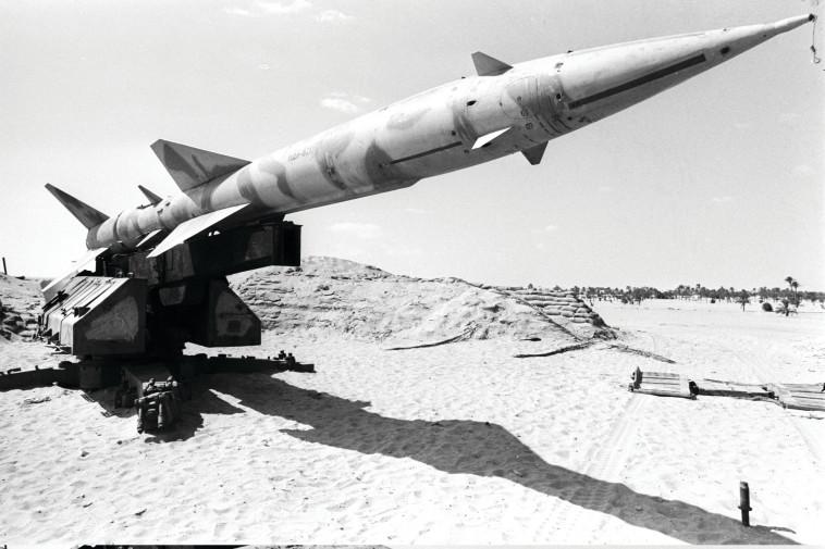 """טילי הנ""""מ שלו בתעלה חיכו למתקפת המנע של ישראל . צילום: יגאל תומרקין"""