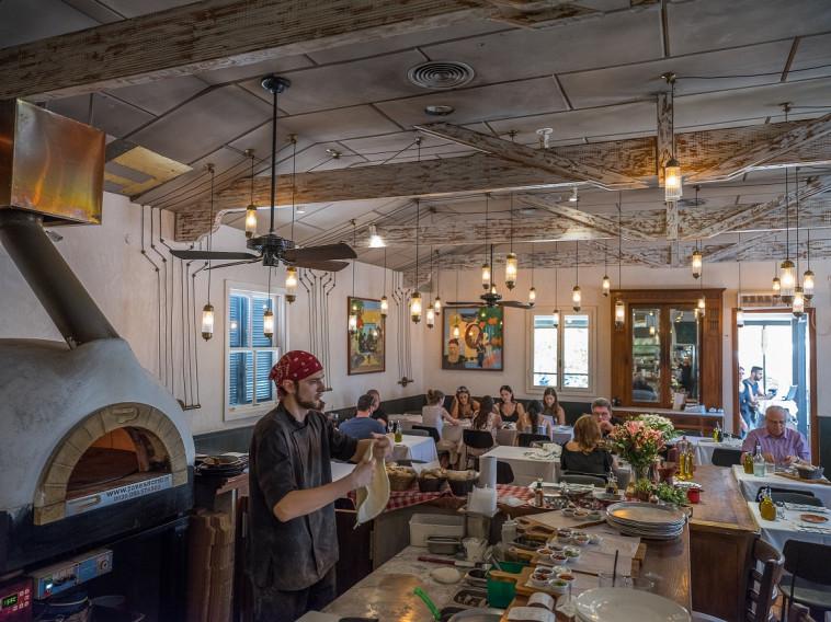 מסעדת בליני. צילום: אנטולי מיכאלו