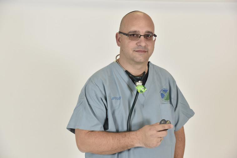 """ד""""ר גילעד חן. צילום: מרכז רפואי העמק"""