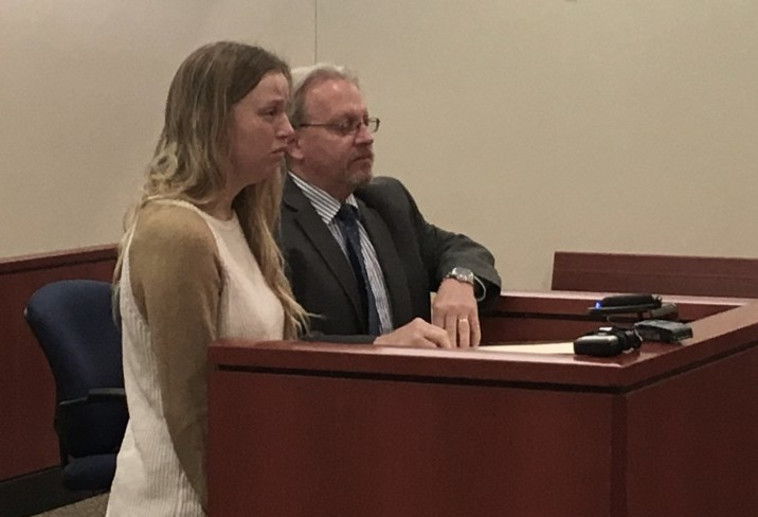 מארקס בבית המשפט. צילום מסך