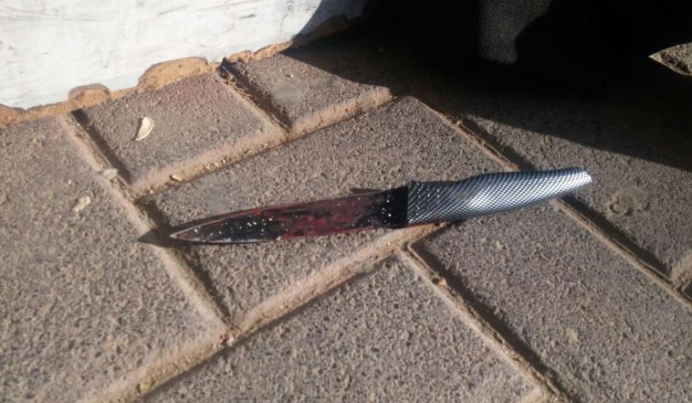 הסכין שאיתה בוצע הפיגוע. צילום: דוברות המשטרה
