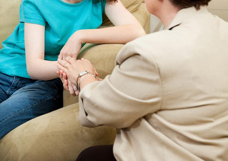 טיפול פסיכולוגי, אילוסטרציה (צילום: אינג אימג')