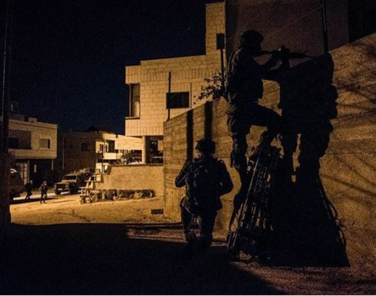 כוחות הביטחון בג'נין (צילום: התקשורת הערבית)